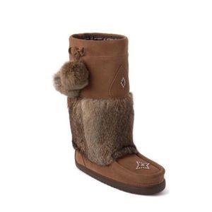 Manitobah mukluks snowy owl tan suede and fur 8